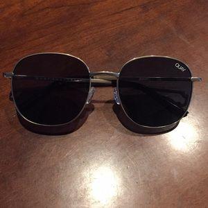 QUAY Festival Sunglasses! Quay Jezabell glasses